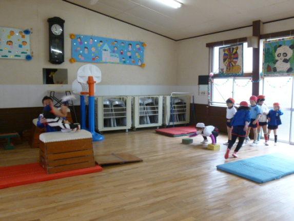 どのクラスも、元気良く体操教室を頑張りました!